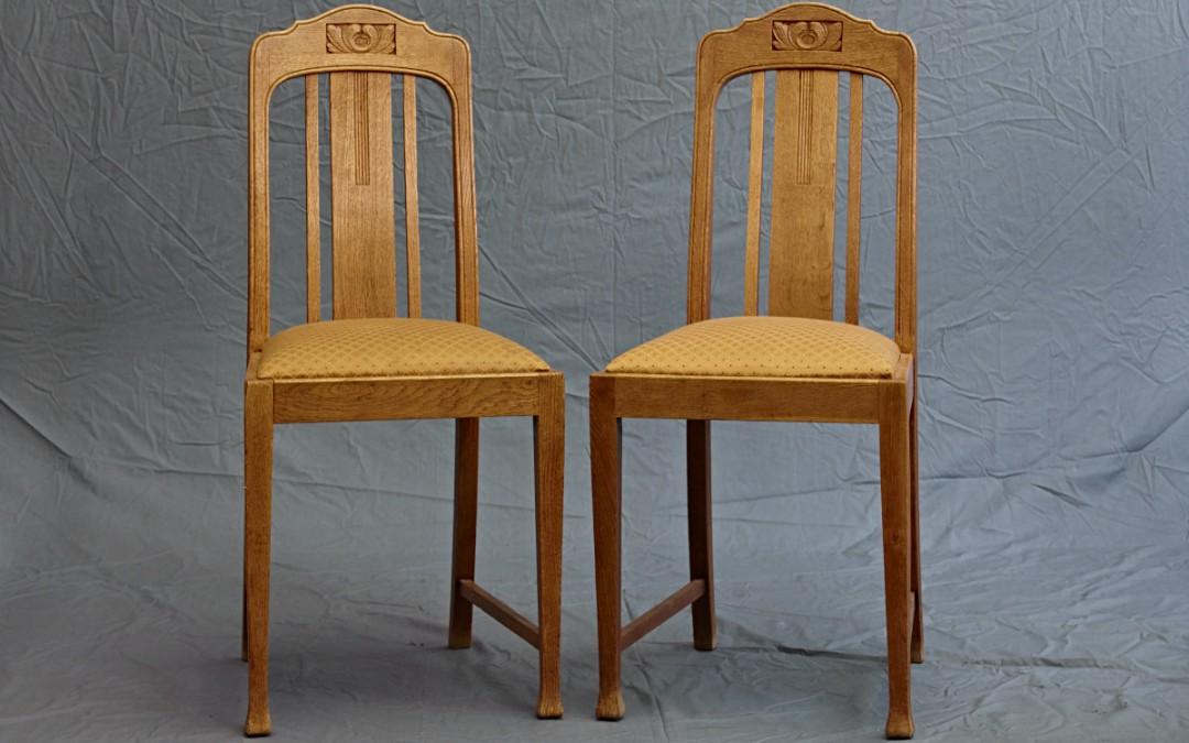 Stühle helles Holz