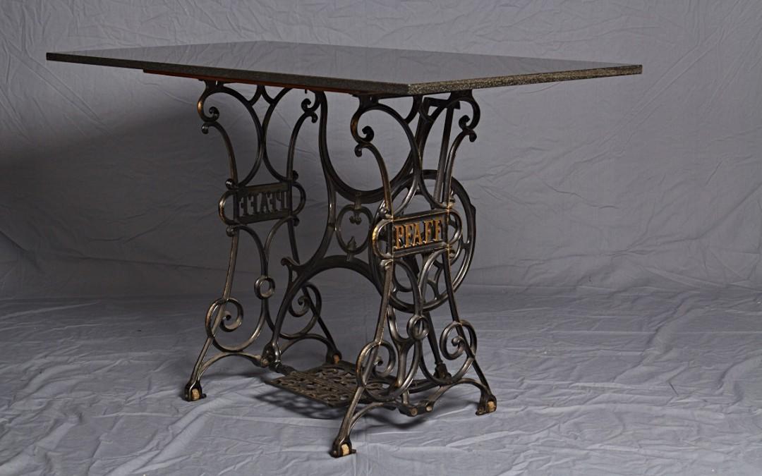 Nähmaschinen Tisch mit Marmorplatte